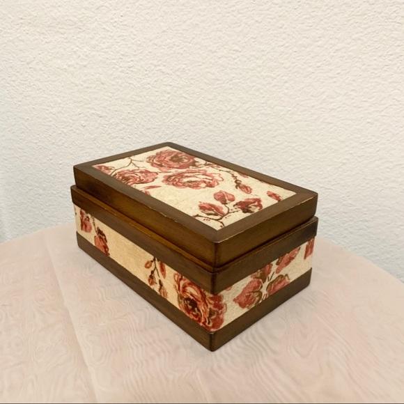 Vintage rose jewelry box